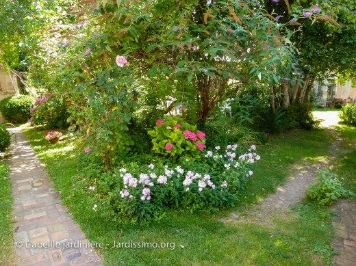 20120804 - Cher - jardin privé 3